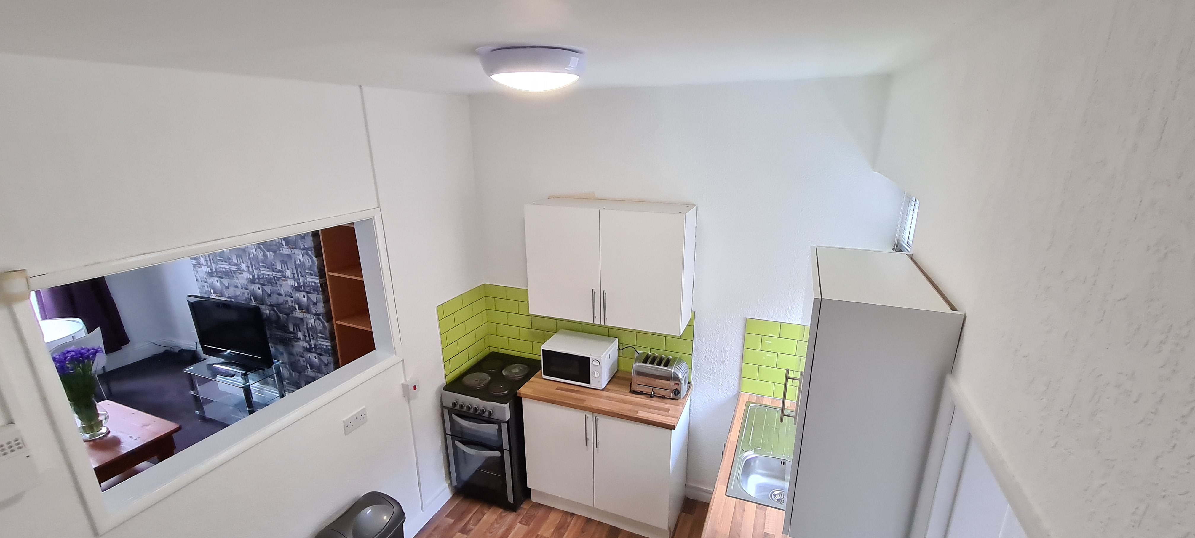 Longman Jones Student Accommodation Available academic year 21/22! The Cedars, Sidmouth Street (Ref: 1523)